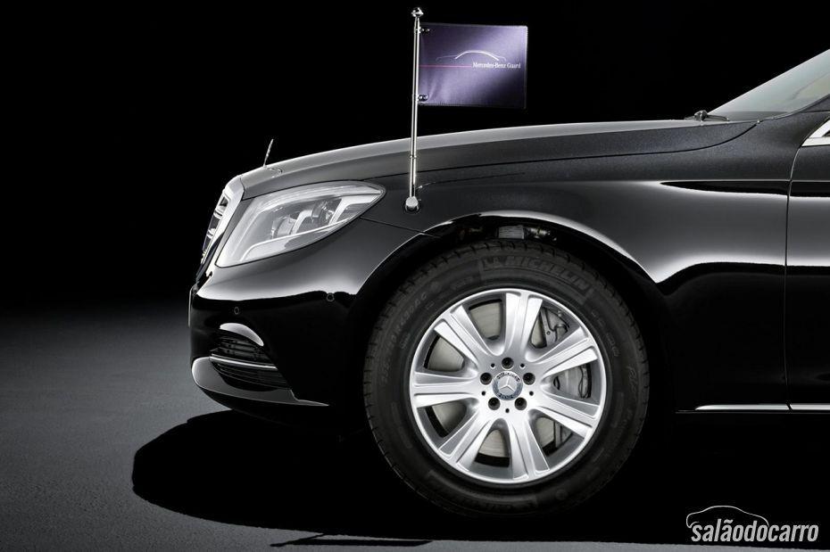 Mercedes-Benz S600 Guard chega à Europa