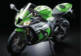 Kawasaki apresenta versões especiais em comemoração aos 30 anos da linha Ninja