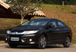 Impressões do Honda City 2015
