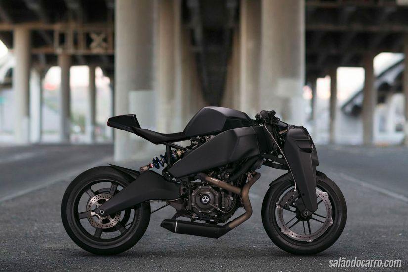 Ronin 47: a moto futurística