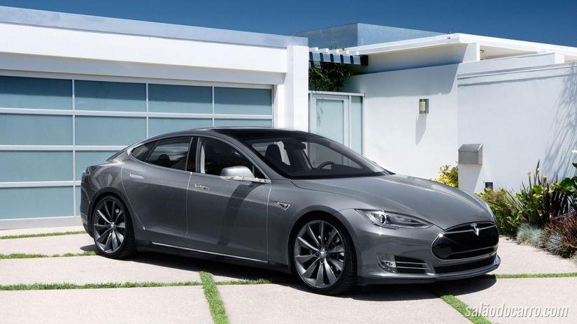 Tesla divulga vídeo de supercarro movido a eletricidade e autônomo