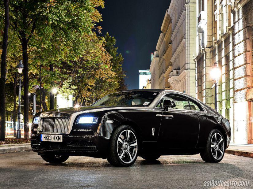 Rolls-Royce Wraith é lançado no Brasil por R$ 3,2 milhões