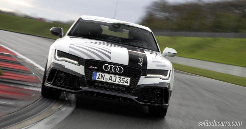 Audi cria carro conceito que alcança 240 km/h sem piloto