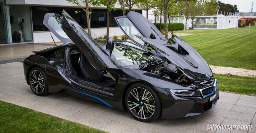 Salvador recebe novos carros da BMW