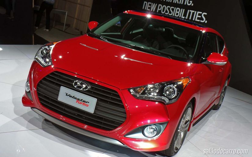 Hyundai lança Veloster Turbo no Salão do Automóvel