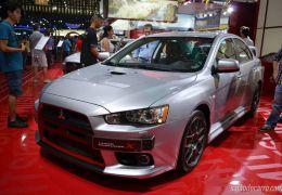 Lancer Evolution X 2015 parte de R$ 219.990