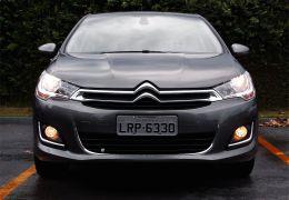 Primeiras impressões do Citroën C4 Lounge THP Flex