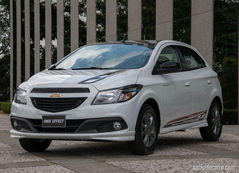 Chevrolet Onix Effect chega com visual esportivo