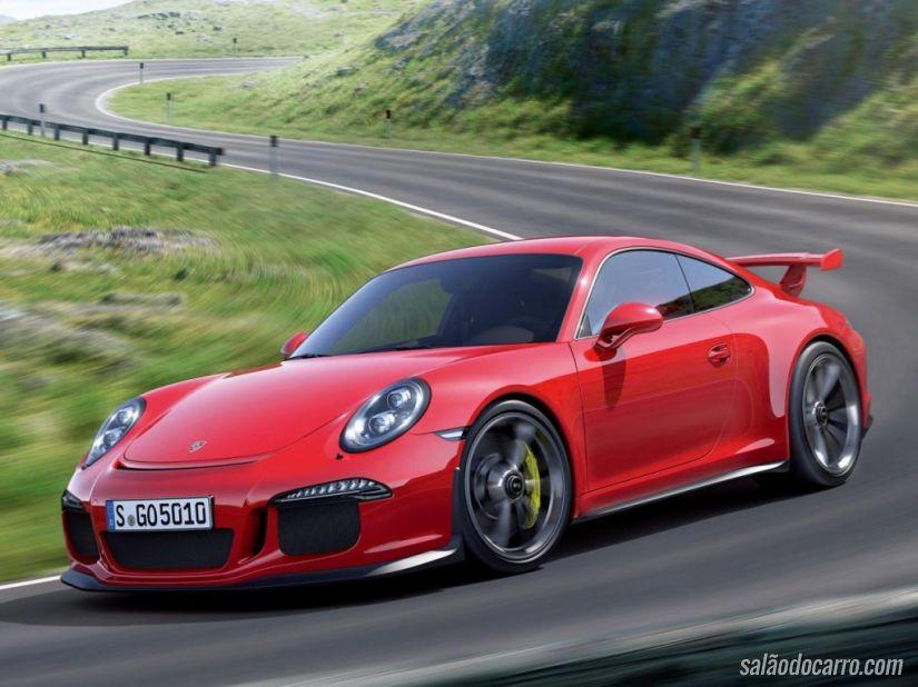 Novo motor aspirado do Porsche 911 GT3 RS chama a atenção