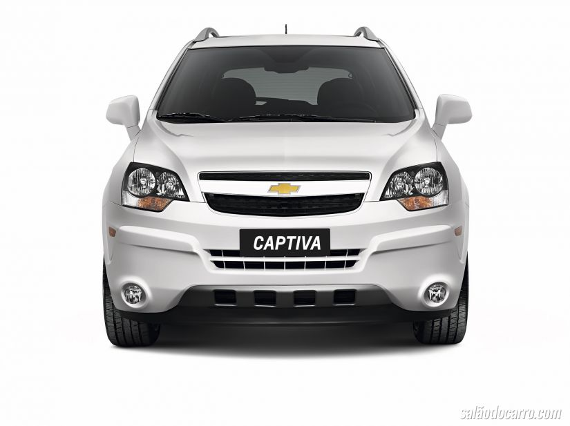 Chevrolet Captiva 2015 chega por R$ 106.690