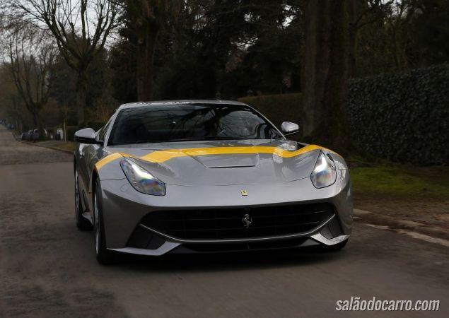 Ferrari apresenta nova série da F12 Berlinetta