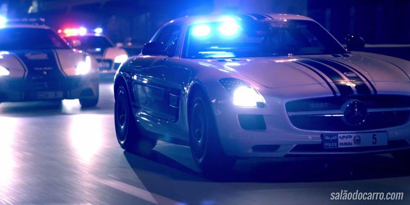 """Polícia de Dubai apresenta """"carrões"""" em vídeo"""