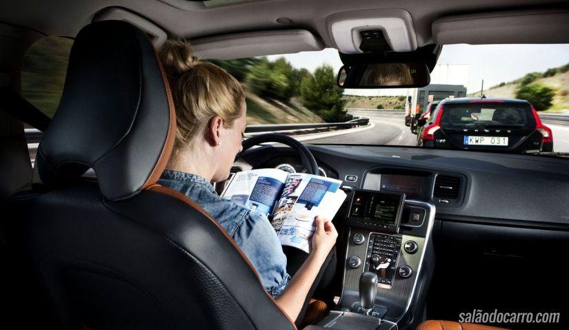 Volvo divulga vídeo com projeto de carros autônomos