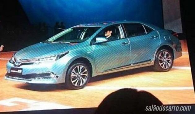Toyota mostra Corolla híbrido na China