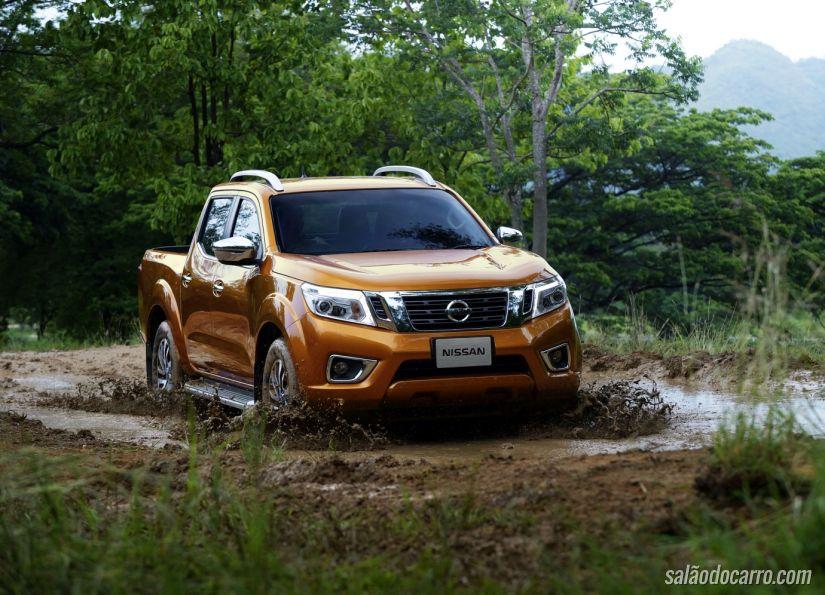 Terceira geração da Nissan Frontier é testada no México