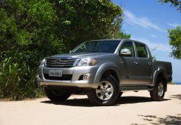 Impressões do Toyota Hilux SRV Flexfuel 4X2