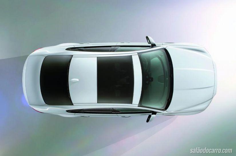 Jaguar mostra fotos do do sedã XF