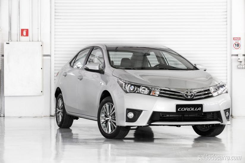 Toyota anuncia a chegada do Corolla 2016