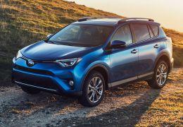 Toyota lança RAV4 2016 em Nova York