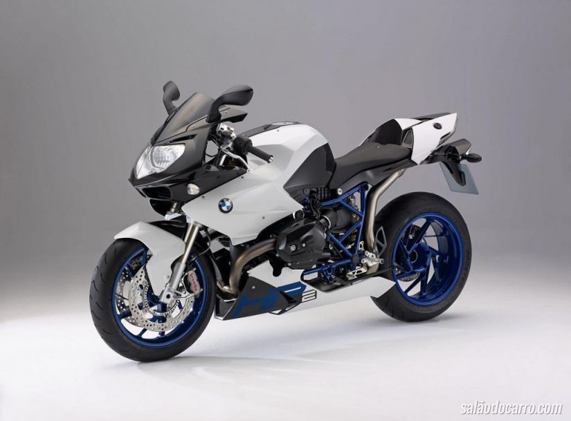 BMW anuncia recall de 4.558 motos no Brasil