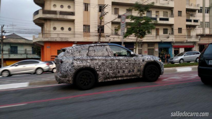 Leitor flagra a nova BMW X1 nas ruas de SP