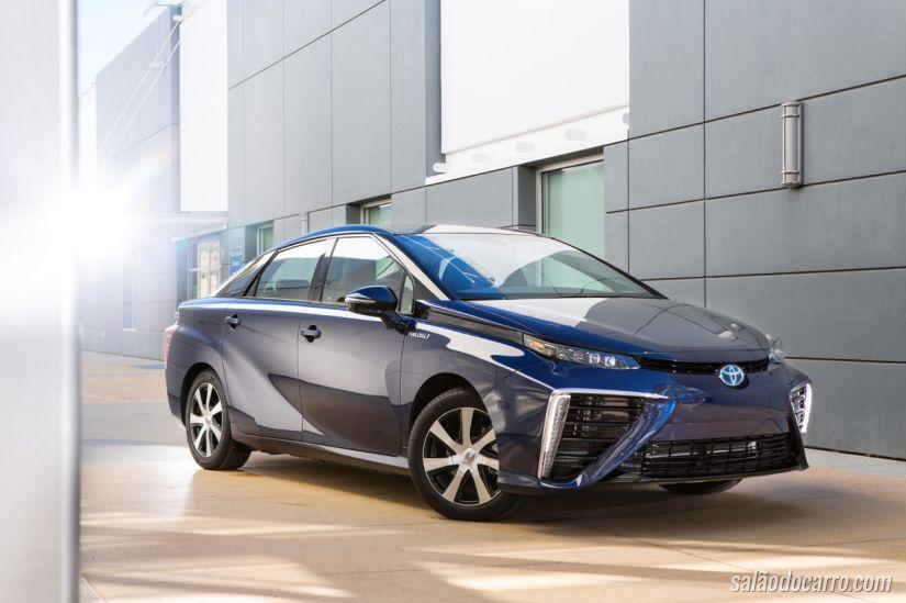 Toyota apresenta carro que funciona com fezes de vaca
