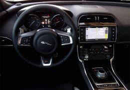 Teste do Jaguar XE