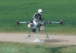 Motocicleta voadora? A Hungria tenta!