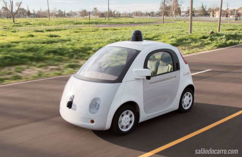 Carro autônomo do Google toma as ruas da Califórnia
