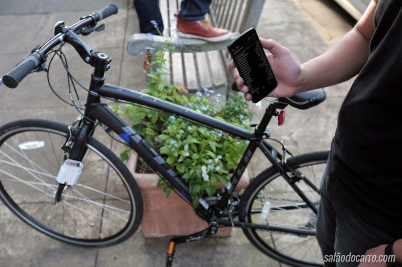 Ford lança sistema para melhorar interação entre carros e bicicletas