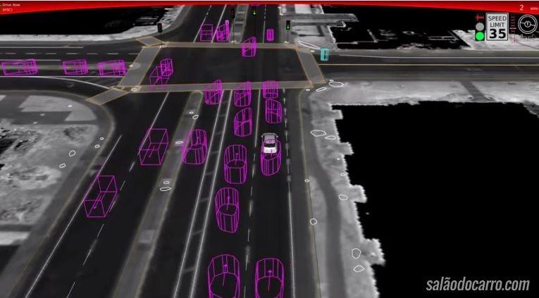 Carro do Google sofre primeiro acidente com feridos leves
