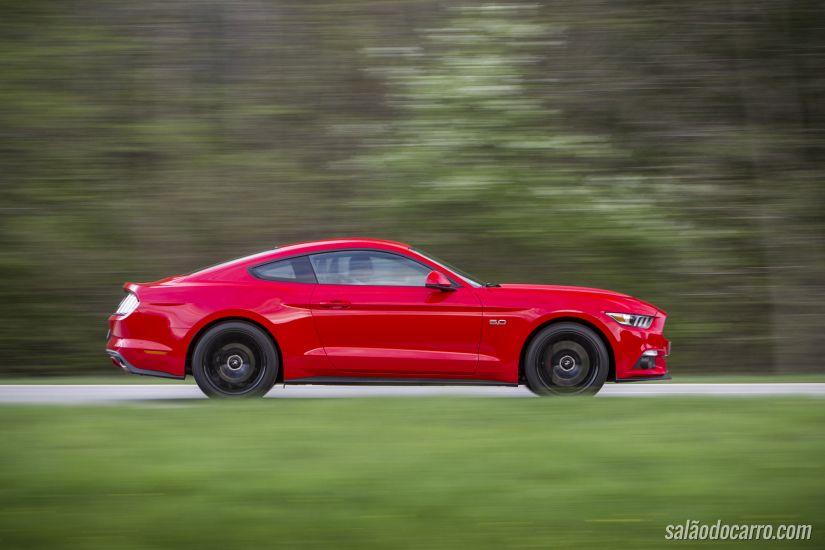 Ford lança vídeo interativo para apresentar novo Mustang Fastback