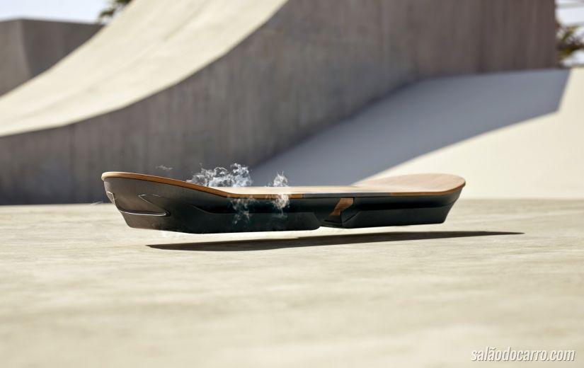Lexus divulga vídeo com skate voador