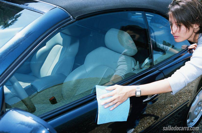 Como preservar a pintura do carro?