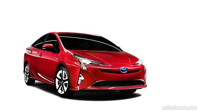 Toyota revela Novo Prius 2016