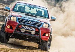 Hilux chega à África do Sul com motor V8 de 455 cv