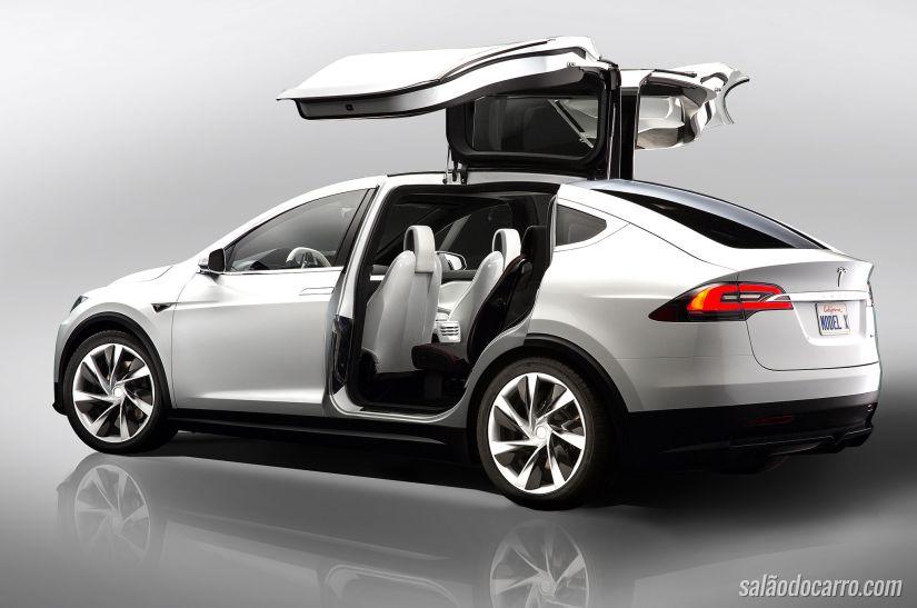 Confira imagens do novo Tesla Model X