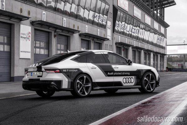 Audi lança campanha para promover sistema de condução autônomo