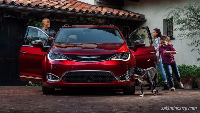 Chrysler mostra nova minivan Pacífica