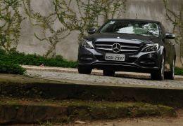 Teste da Mercedes-Benz C200 Avantgarde