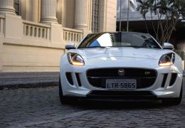 Teste do Jaguar F-Type S cupê