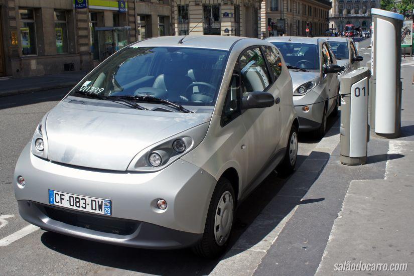Bolloré lançará programa de compartilhamento de carros na Itália