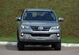 Impressões da nova geração da Toyota SW4