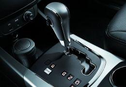 Como estacionar um carro com câmbio automático