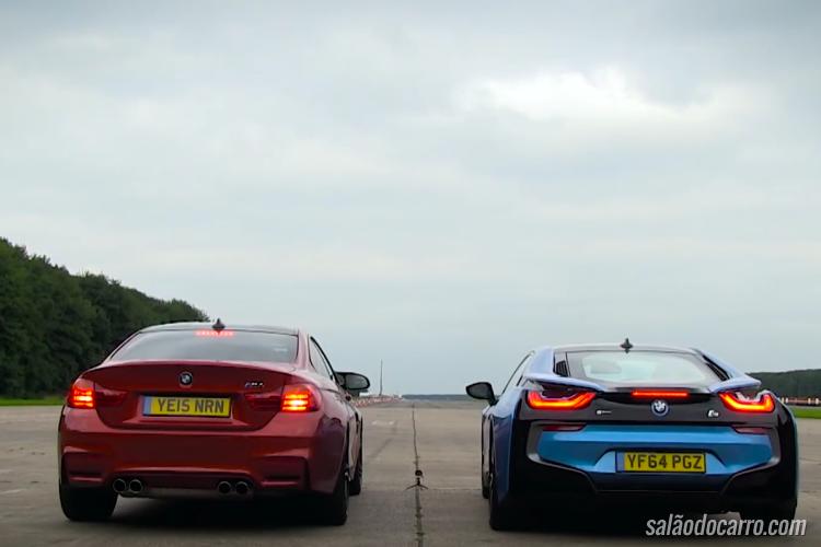 BMW i8 enfrenta M4 em uma prova de arrancada