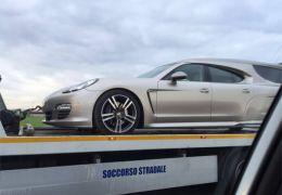 Você já viu um Porsche sendo carro fúnebre?