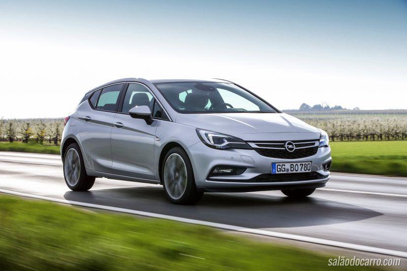 Opel Astra chega com motor biturbo em julho