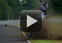 Vídeo mostra capotagem na F3 Britânica de dentro do veículo