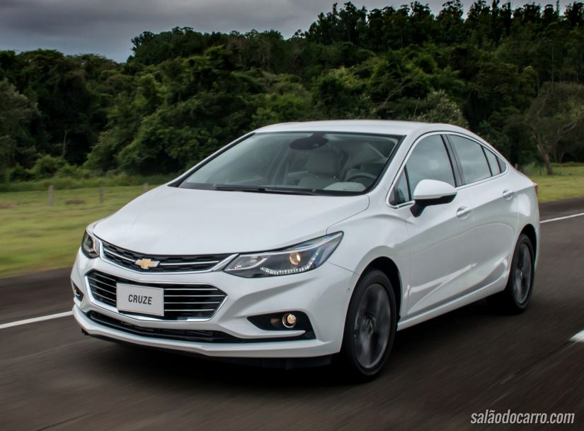 Chevrolet Cruze 1.4 turbo estreia no Brasil por R$ 89.990