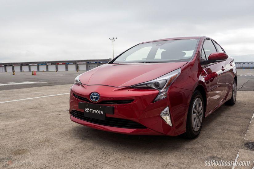 Novo Prius custa R$ 119.950 e vem recheado de tecnologia